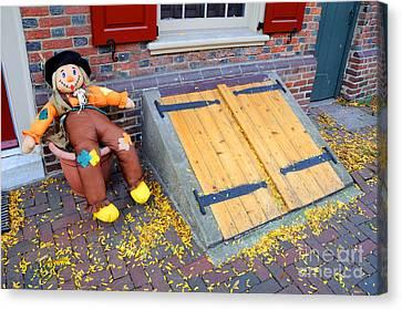 Historic Elfreth Alley - Halloween Canvas Print by Gary Whitton