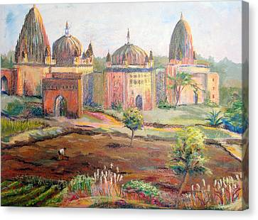 Hoeing By Hand In Orchha India Canvas Print