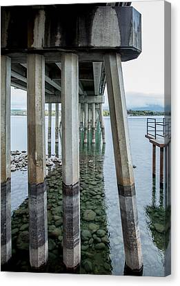 Canvas Print featuring the photograph Holding It Up by Fran Riley