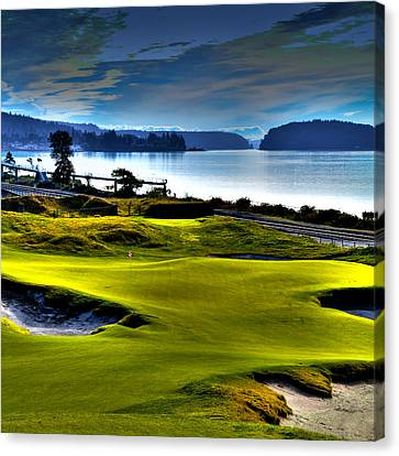 Hole #17 At Chambers Bay Canvas Print by David Patterson