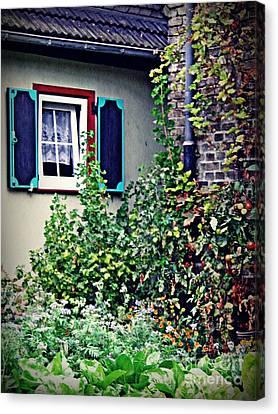 Home And Garden Schierstein 8   Canvas Print by Sarah Loft