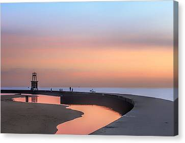 Hook Pier Lighthouse - Chicago Canvas Print by Nikolyn McDonald