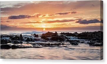 Canvas Print featuring the photograph Horizon In Paradise by Heather Applegate