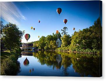Hot Air Balloons In Queechee 2015 Canvas Print by Jeff Folger