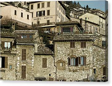 Canvas Print featuring the photograph Hotel Giotto by John Hix