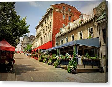 Hotel Nelson - Place Jacques Cartier Canvas Print by Maria Angelica Maira