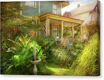 Canvas Print - House - Bevidere Nj - Country Garden by Mike Savad