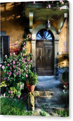 House In Tuscany Canvas Print