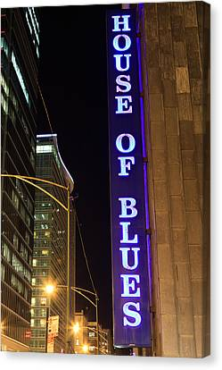 House Of Blues Sign In Chicago Canvas Print by Paul Velgos