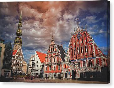 House Of The Blackheads In Riga Latvia  Canvas Print by Carol Japp