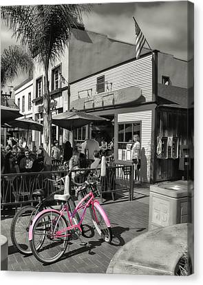 Huntington Beach Longboard Restaurant And Pub Canvas Print by Rich Beer