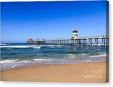 Huntington Beach Pier In Orange County California Canvas Print