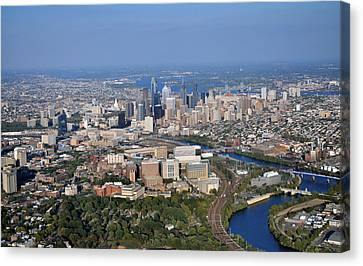 Hup And Chop Hospitals And Philadelphia Skyline Canvas Print by Duncan Pearson