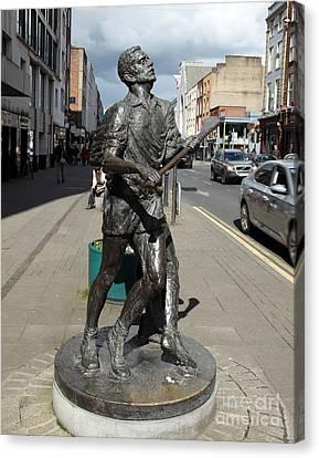 Hurling Statue Limerick Canvas Print