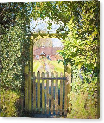 Idyllic Country Cottage Canvas Print by Roy Pedersen