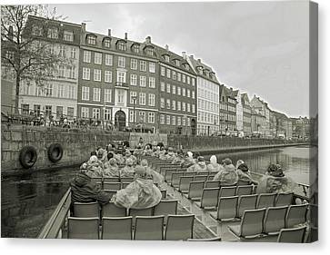 I'm Not A Tourist In Nyhavn Canvas Print by Betsy Knapp