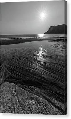 Canvas Print featuring the photograph Impression From Talisker Beach by Davorin Mance