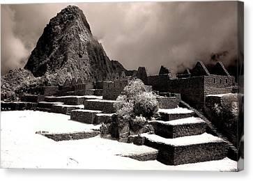 Inca Ruins Peru Machu Picchu Canvas Print by Erik Poppke