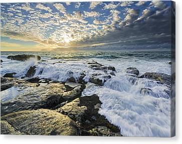 Incoming II Canvas Print by Robert Bynum
