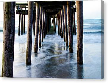 Incoming Tide - 32nd Street Pier Avalon Canvas Print