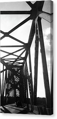 Canvas Print featuring the photograph Indefinite Sight Bw by Jamie Lynn