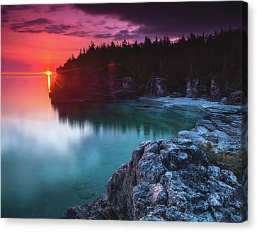 Indian Head Cove Sunrise Flare Canvas Print by Cale Best