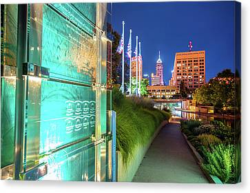 Indianapolis Skyline From The Veterans Memorial Canvas Print
