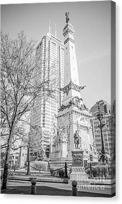 Indianapolis Soldiers And Sailors Monument  Canvas Print by Paul Velgos