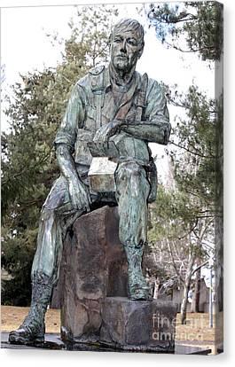 Inland Northwest Veterans Memorial Statue Canvas Print by Carol Groenen