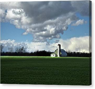 Canvas Print featuring the photograph Interlude by Robert Geary