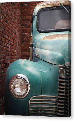 Canvas Print featuring the photograph International Truck 1 by Heidi Hermes