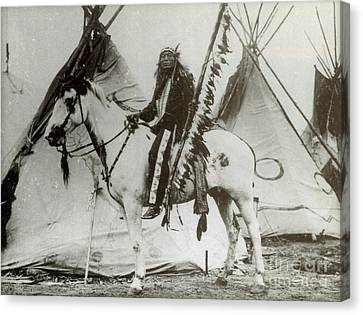 Iron Tail Sioux Chief Early 1900s Canvas Print by Photo Researchers