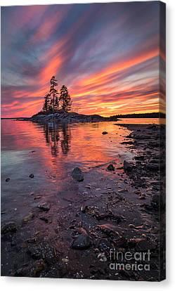 Island Sunset Canvas Print by Benjamin Williamson