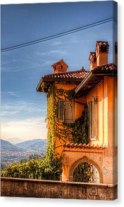 Italian Architecture In Bergamo Canvas Print by Nico Trinkhaus