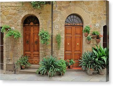 Italy - Door Seventeen Canvas Print