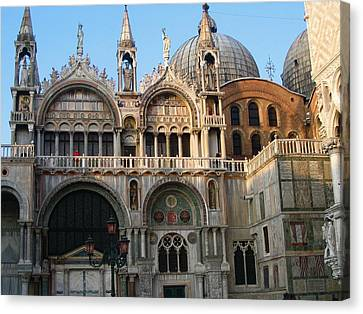 Italy Venice Doges Palace Canvas Print by Yvonne Ayoub