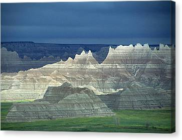 Jagged Badlands Formations, Spotlit On A Gloomy Day Canvas Print by Altrendo Nature
