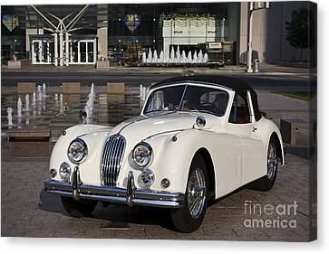 Jaguar Xk 140 Canvas Print by Dennis Hedberg