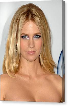 January Jones At Arrivals For 2009 Pga Canvas Print by Everett