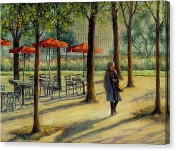 Jardin Des Tuileries In October Canvas Print