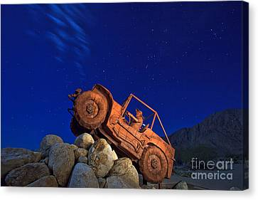 Jeep Adventures Under The Night Sky In Borrego Springs Canvas Print by Sam Antonio Photography