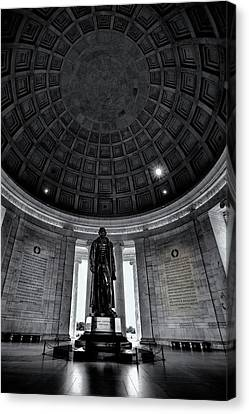 Jefferson Statue In The Memorial Canvas Print by Andrew Soundarajan