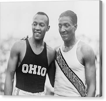 Jesse Owens 1913-1980 With Ralph Canvas Print by Everett