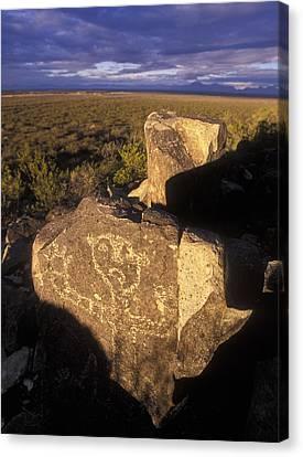 Jornada Mogollon Petroglyph Site Human Canvas Print by Rich Reid