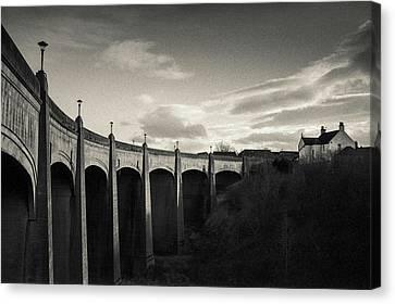 Jubilee Bridge Canvas Print by Dave Bowman