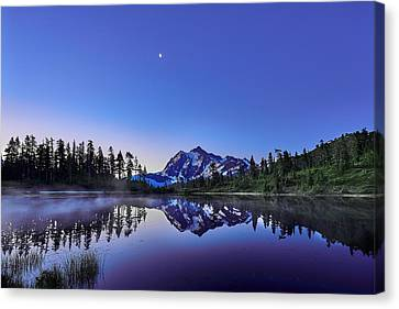 Canvas Print featuring the photograph Just Before The Day by Jon Glaser