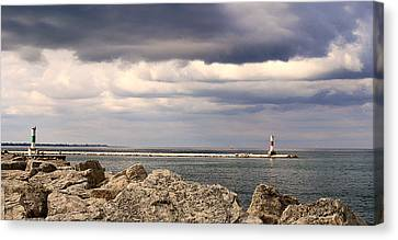 Just Before The Storm Canvas Print by Milena Ilieva
