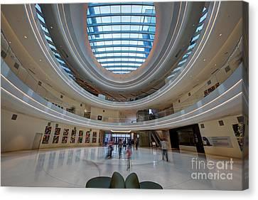 Jw Marriott Minneapolis Mall Of America IIi Canvas Print by Wayne Moran