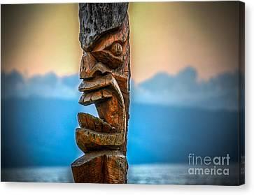Canvas Print featuring the photograph Ka'anapali Tiki by Kelly Wade
