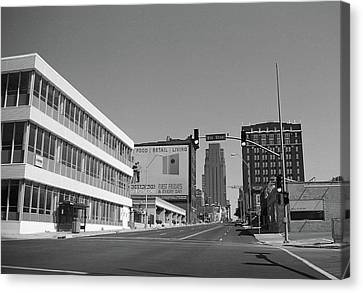 Canvas Print featuring the photograph Kansas City - 18th Street Bw by Frank Romeo